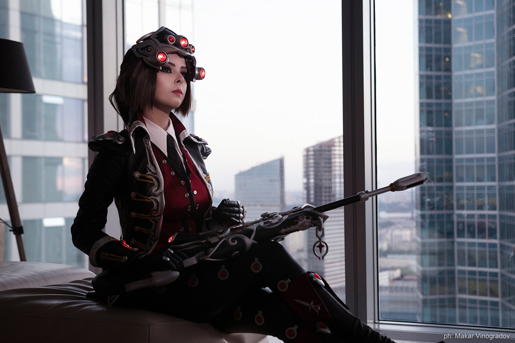 cosplay_widowmaker_huntress_by_disharmonica-dcjnu1b